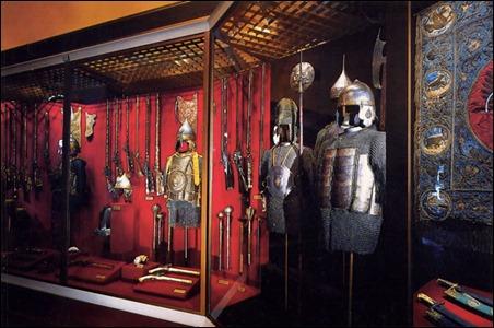 pic 3 Binh khí và áo giáp trong Viện Bảo Tàng  Armory