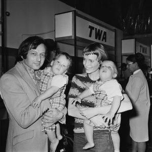 André Previn với tài tử Mia Farrow