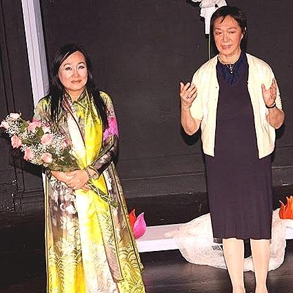 Minh Ngoc and Tisa Chang