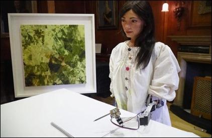 Pic 2 AI DA trong buổi triển lãm